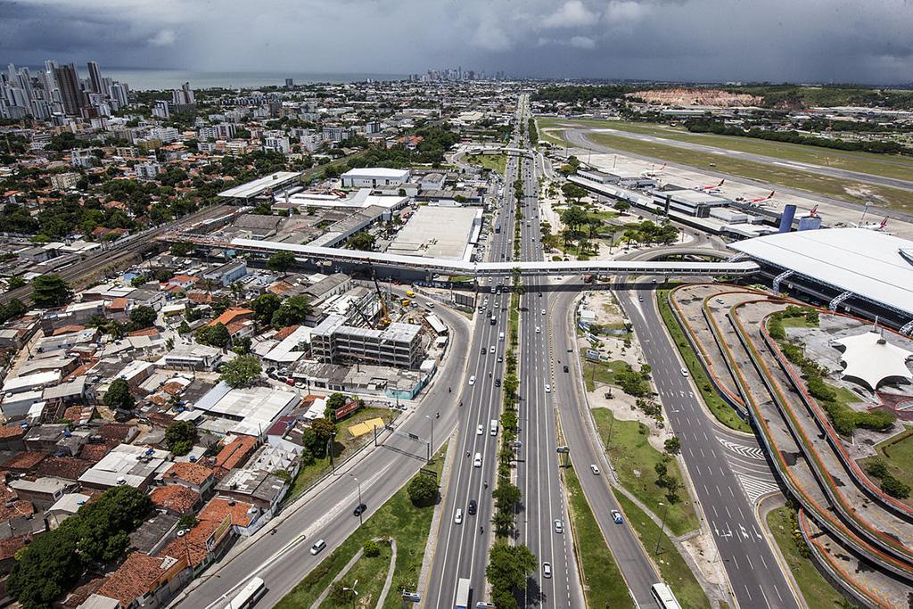 Como ir do aeroporto à rodoviária do Recife: Metrô, ônibus, Uber ou táxi (Passo a passo!)