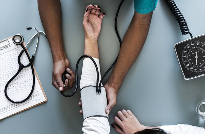 hospital-economizar-no-seguro-viagem-cupom-de-desconto