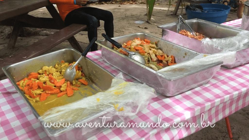 Almoço na Similan Islands