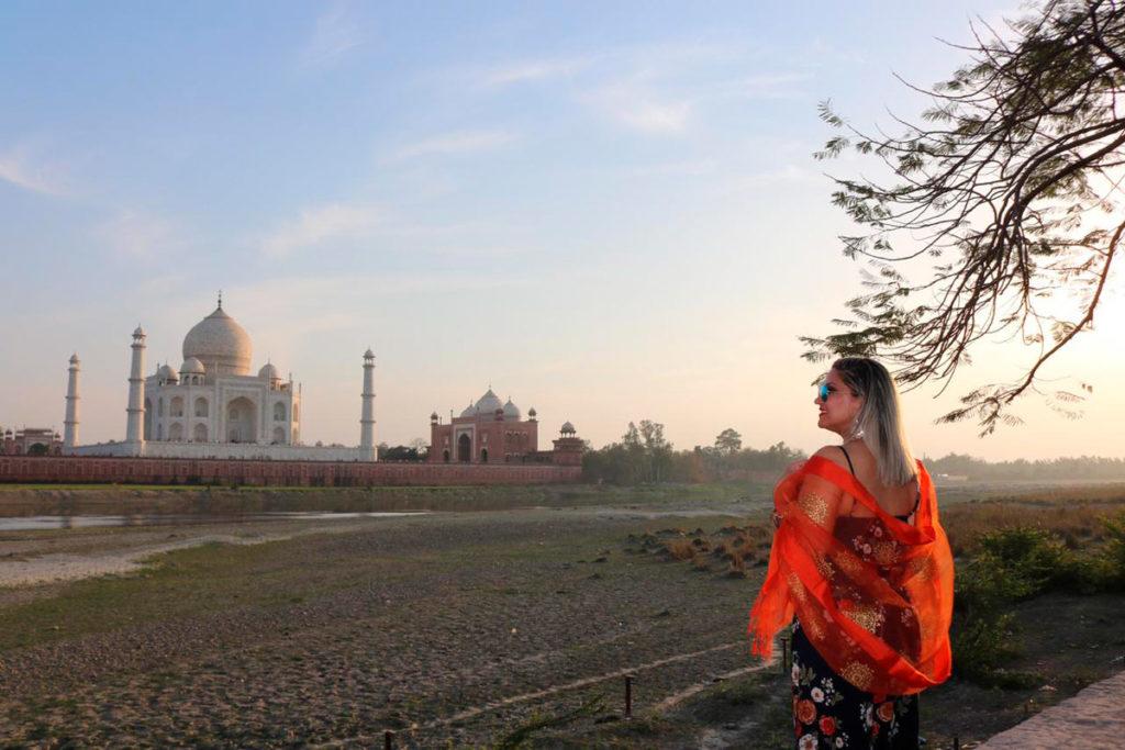 Foto do pôr-do-sol do outro lado do Taj
